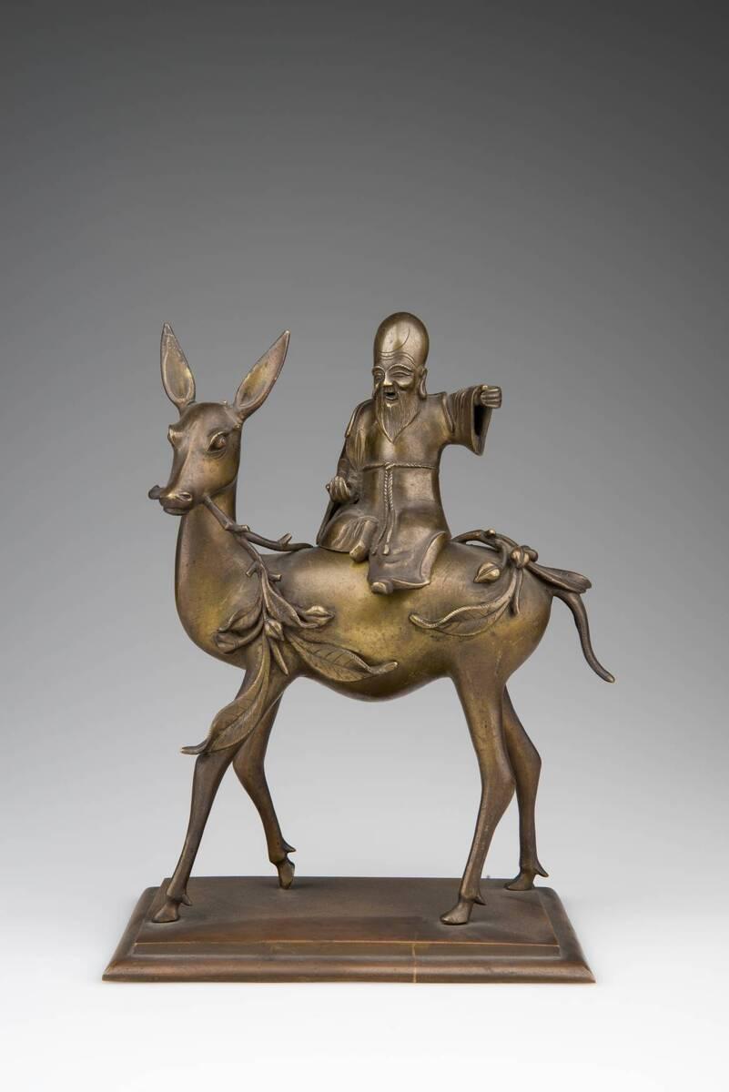 Gott der Langlebigkeit (Zhang Guo Lao) auf Hirsch reitend als Deckelgefäß von Anonym