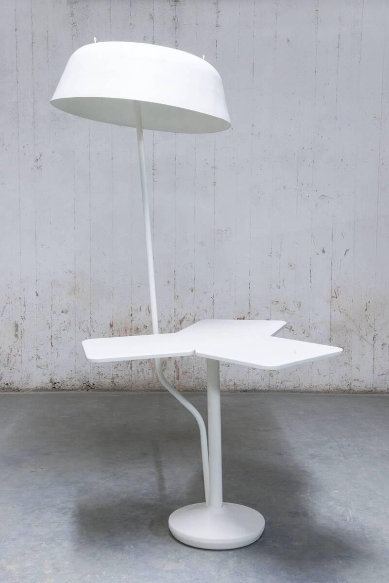 Shape of the Café to Come - Instant Café (Tisch-Lampen-Kombination) von Rüf, Robert