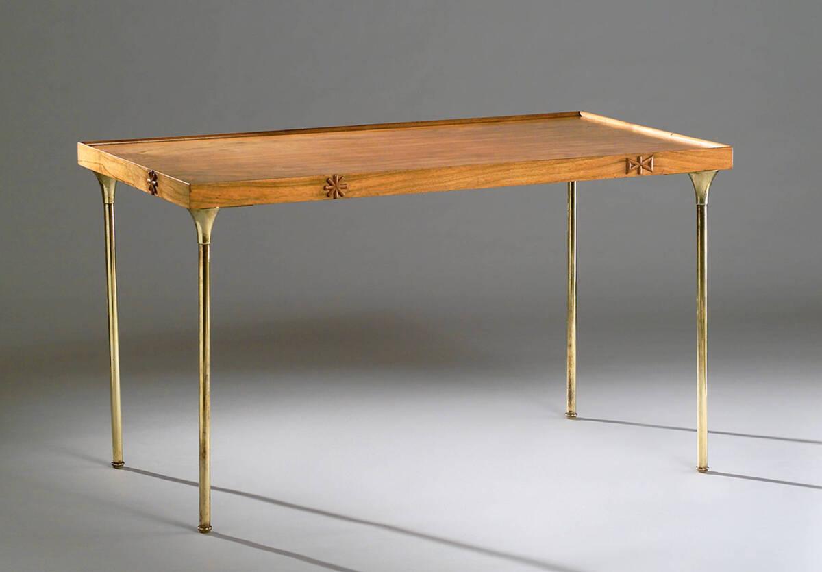 Tisch von Hoffmann, Josef