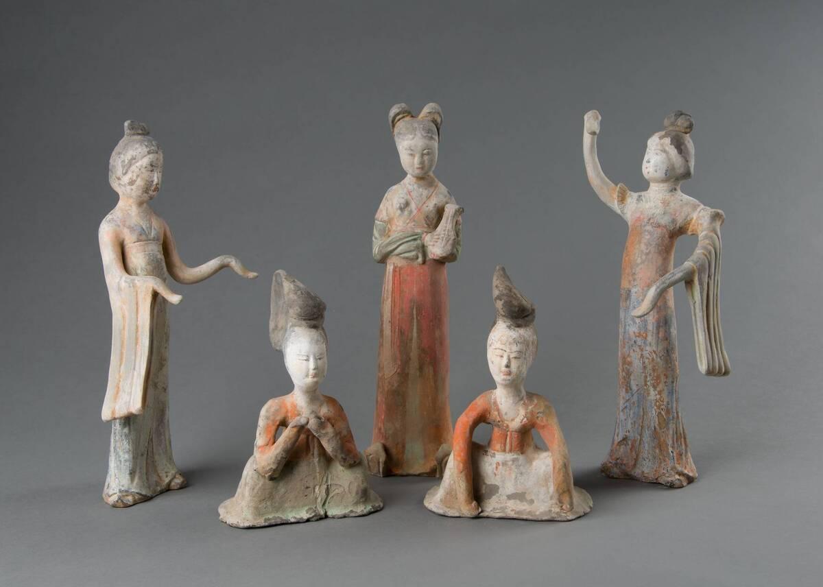 Grabfiguren: Gruppe von Tänzerinnen und Musikantinnen von Anonym