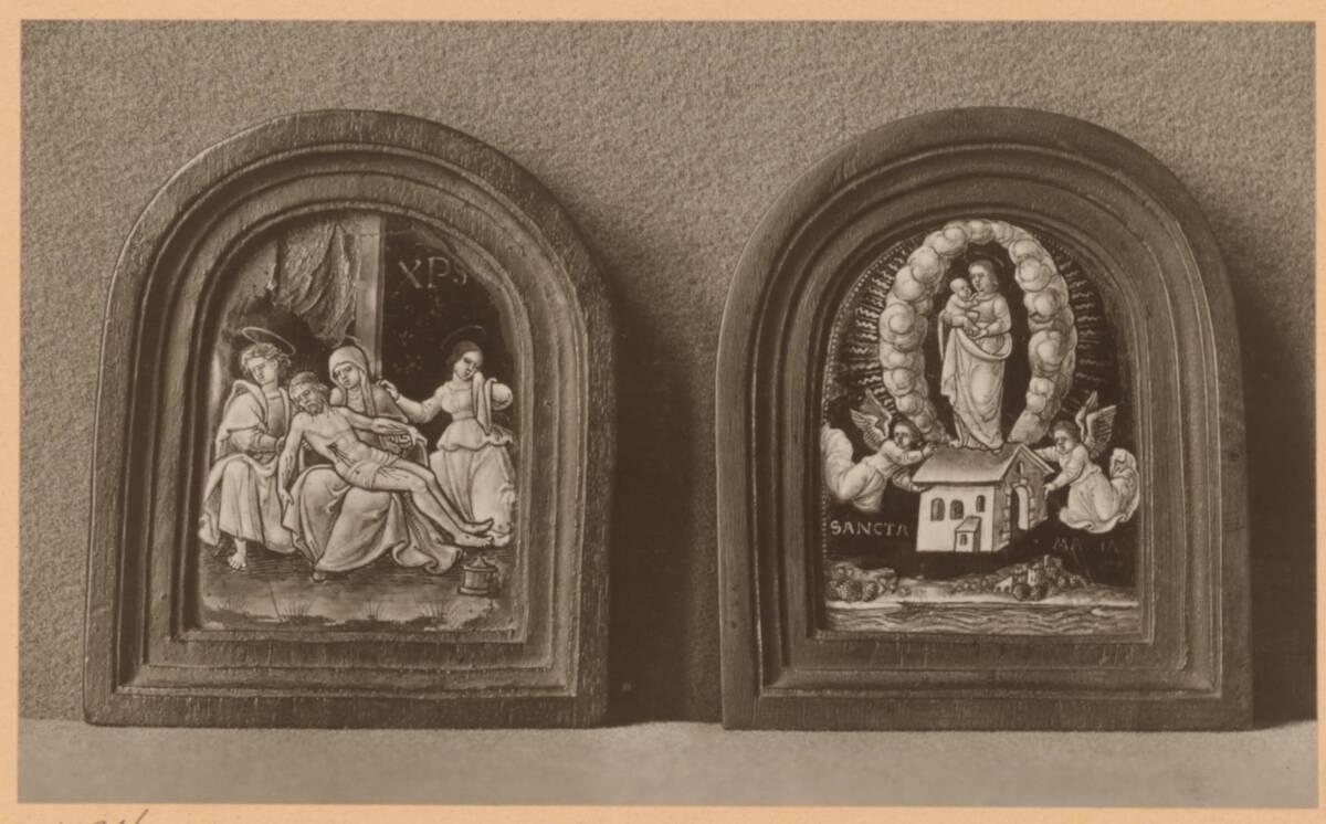 Fotografie zweier Tafelmalereien mit einer Pietà und einer Madonna mit Kind, aus der Sammlung von Camillo Castiglioni (vom Bearbeiter vergebener Titel) von Anonym
