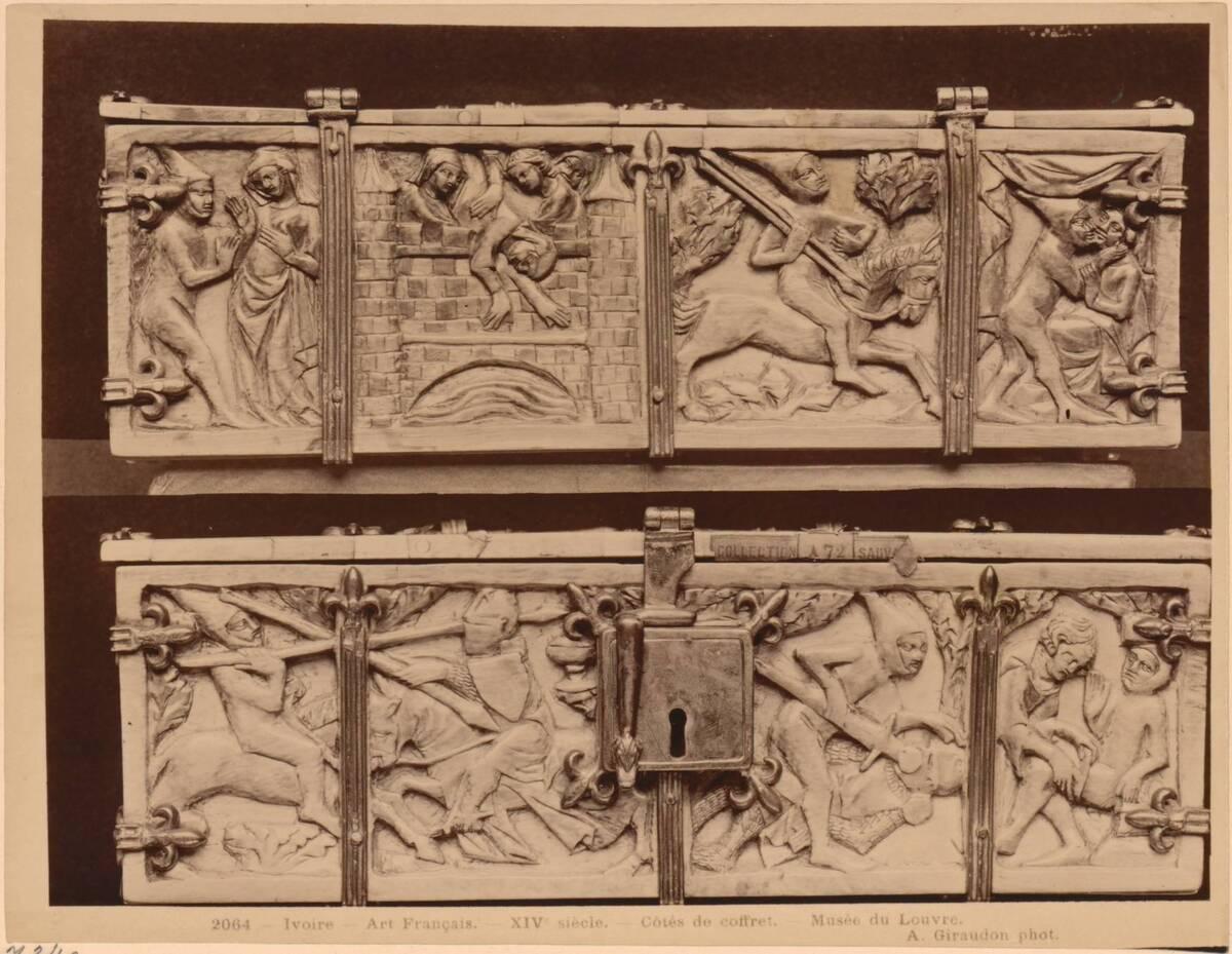 Fotografie der Längsseiten einer Elfenbeinkassette des 14. Jahrhundert (vom Bearbeiter vergebener Titel) von Giraudon, Adolphe