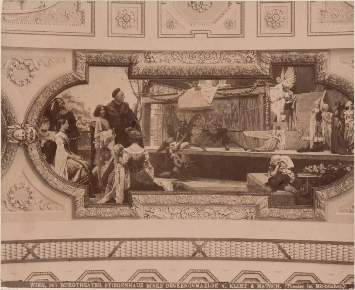 """Fotografie eines Deckengemäldes """"Theater im Mittelalter"""" im linken Stiegenhaus im Wiener Burgtheater, von Gustav Klimt und Franz von Matsch von Klimt, Gustav"""