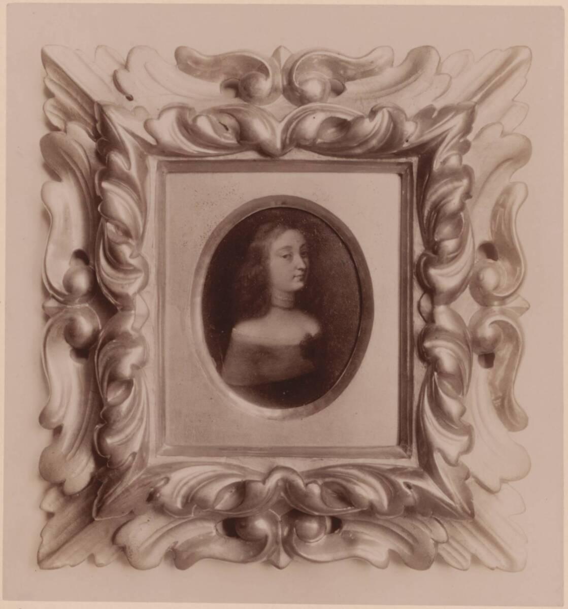 Fotografie eines Miniaturporträts einer Dame (vom Bearbeiter vergebener Titel) von Gmeiner, Wilhelm