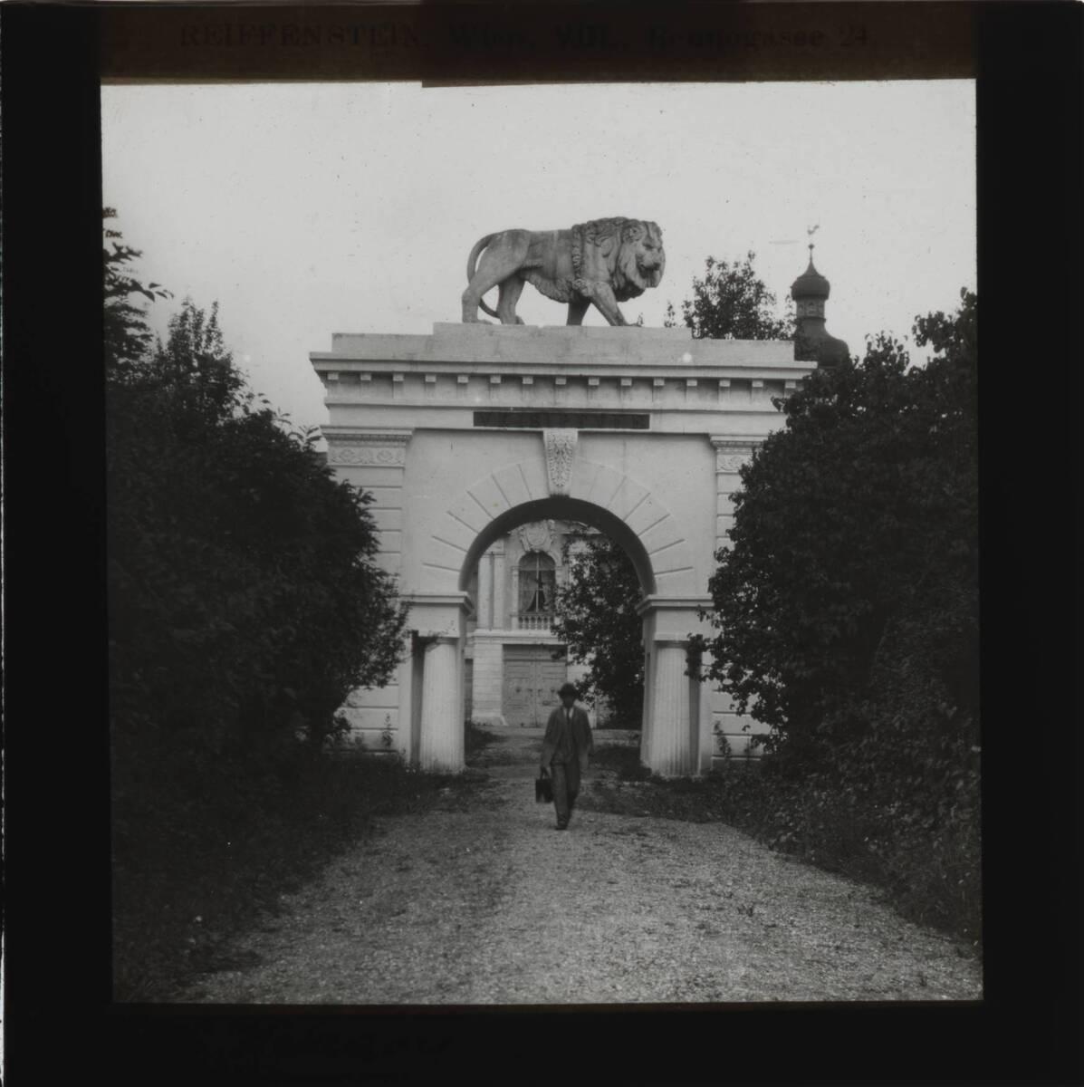 Schloss Wetzdorf (vom Bearbeiter vergebener Titel) von Reiffenstein, Bruno