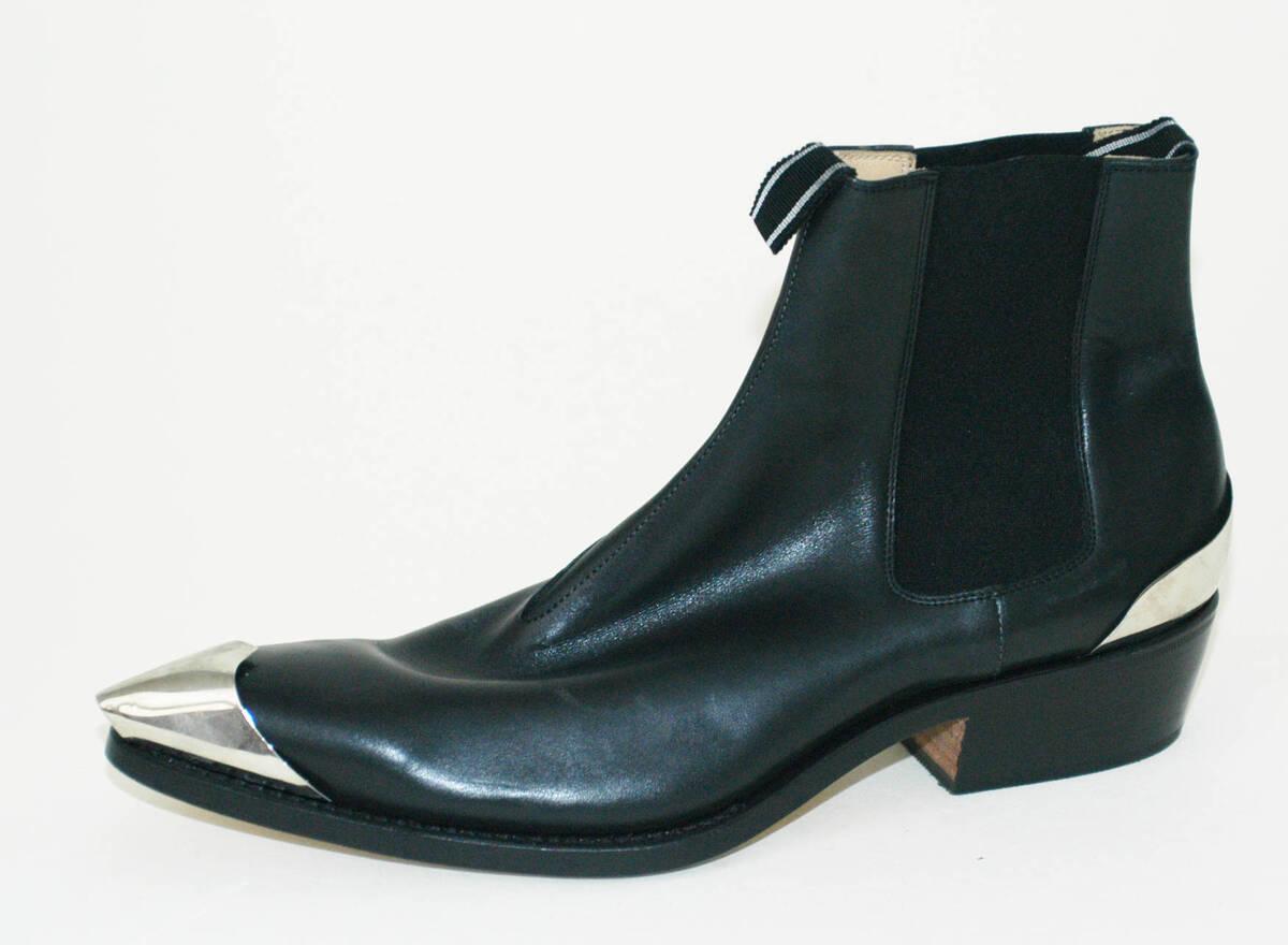 Cowboy Boot - schwarz/silber (deskriptiver Titel) von Lang, Helmut