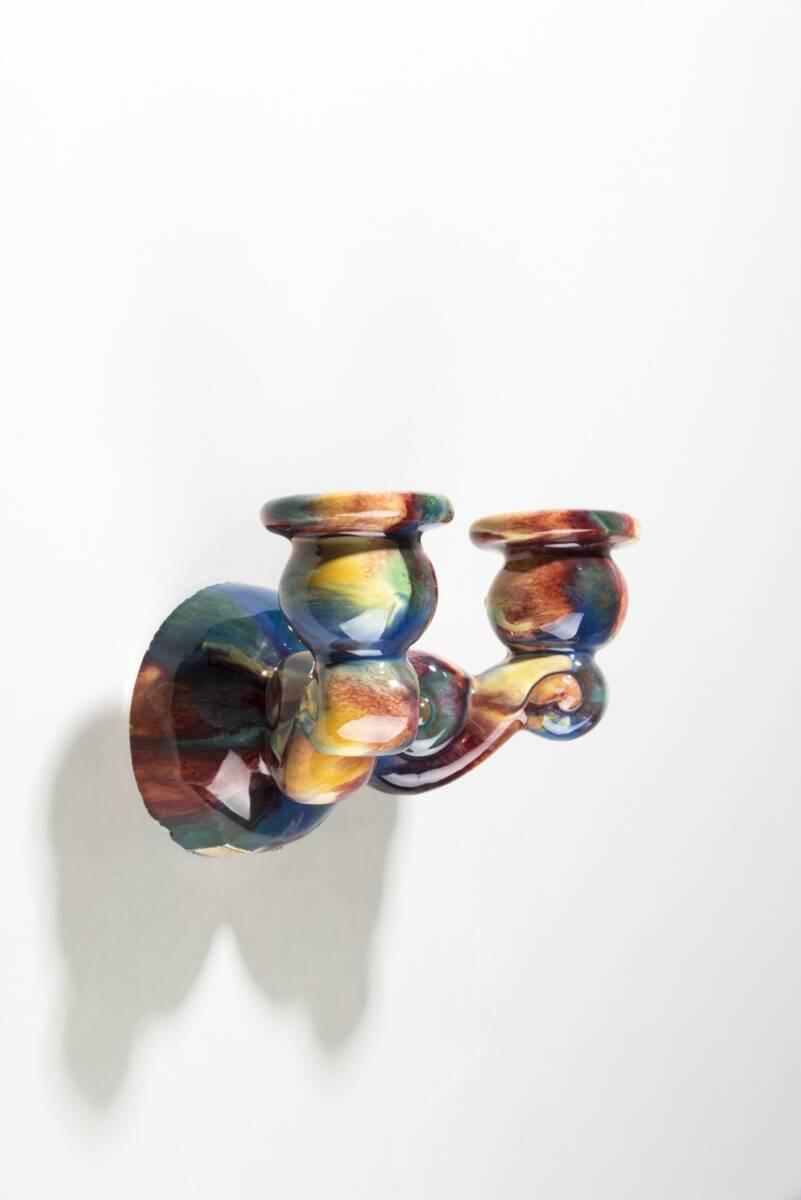 Wandapplike für zwei Kerzen von Wiener Kunstkeramische Werkstätte