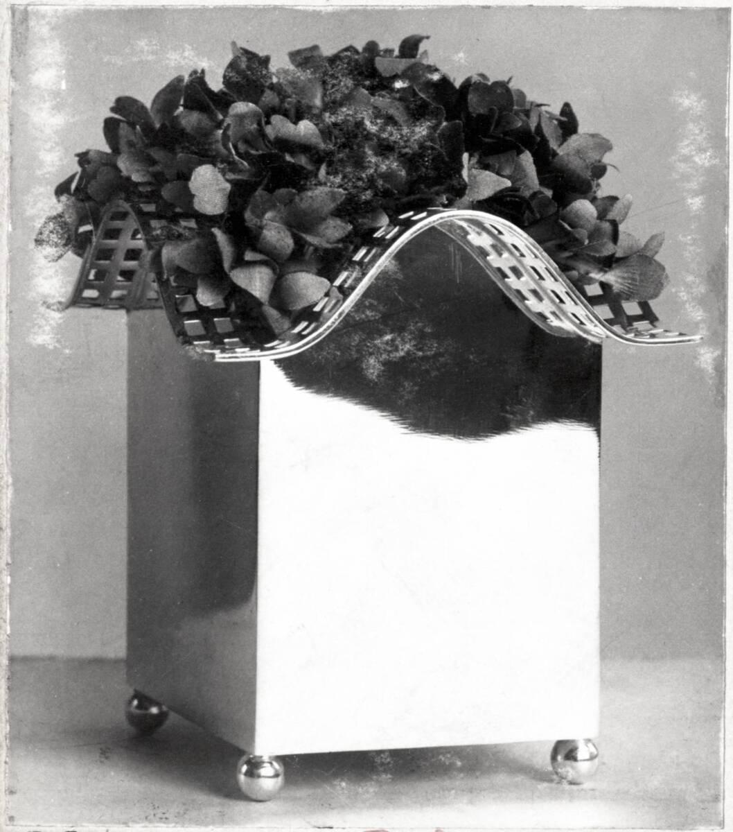 """""""Blumenvase"""" von Moser, Koloman"""