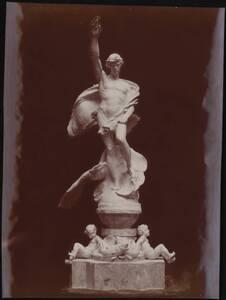 """Fotografie der Skulptur """"Cowboy at Rest"""" von Solon Hannibal Borglum (vom Bearbeiter vergebener Titel) von Bogart, A. B."""