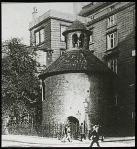 Heiligkreuz-Rotunde von Reiffenstein, Bruno